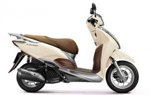 xe máy Honda Lead.